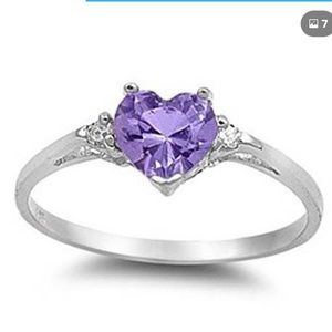 Jewelry - 🆕️ NWT Heart Shaped Amesthyst Ring Size 7
